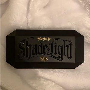 KAT VON D Mini SHADE & LIGHT smoke palette